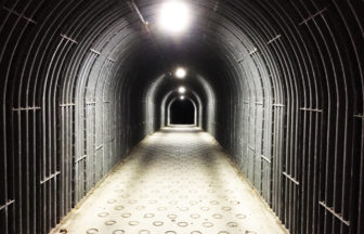湘南鎌倉穴場スポット・大船のトンネル